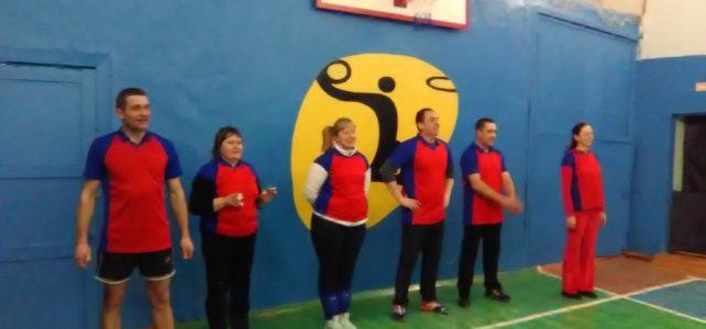 Соревнования по волейболу среди жителей села на приз главы сельсовета