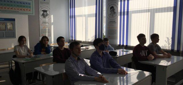 Кинопоказ патриотического фильма «Подольские курсанты»